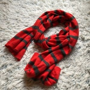 | striped sweater scarf |